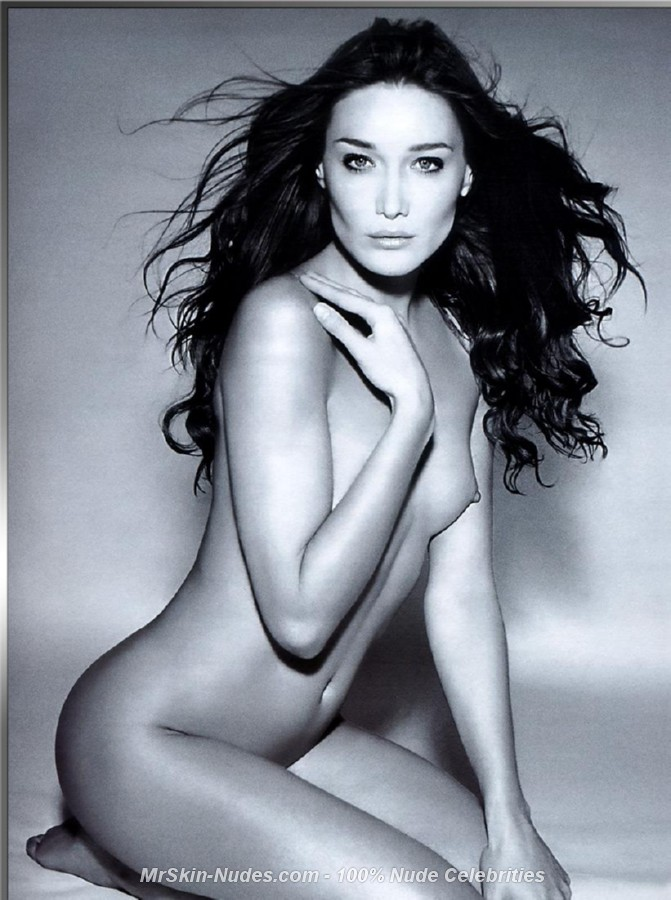 Nude Pictures Of Carla Bruni 52