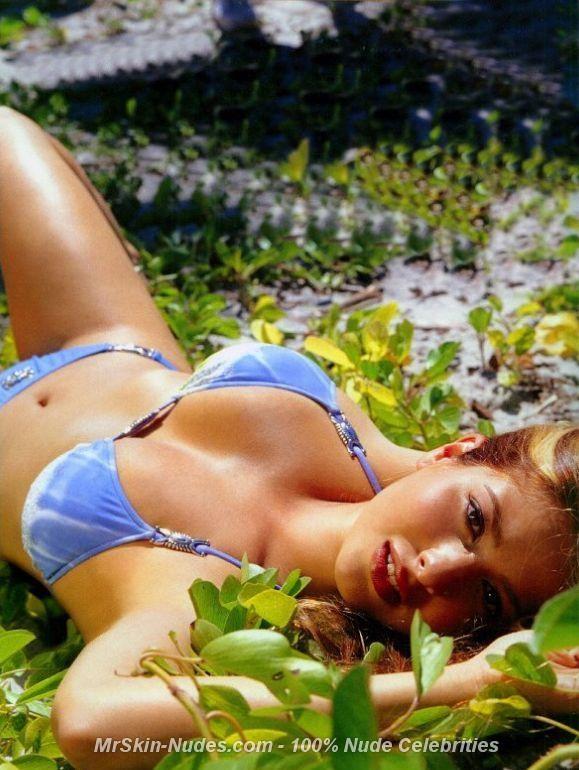 Delta goodrem bikini