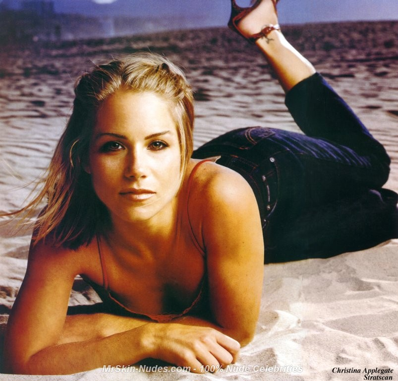 Christina Applegate Nude: christina applegate 001